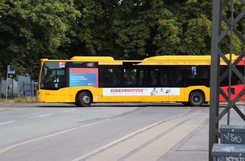 Venstresidereklame på bus i København